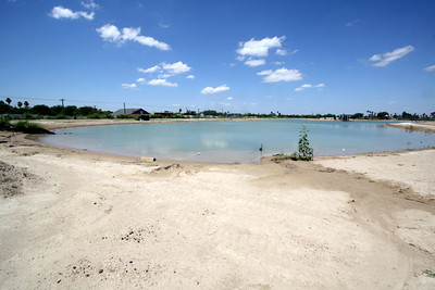 Wide shot of Town Lake looking north from the southern edge.