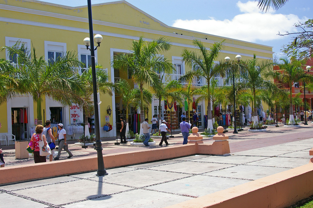 Shops along the Plaza