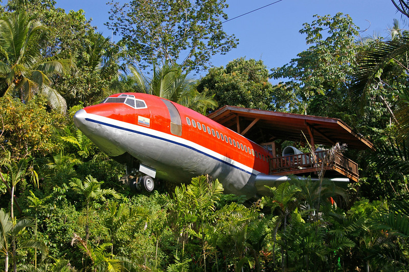Old plane from the Iran-Contra days.  Converted into a  cafe'.