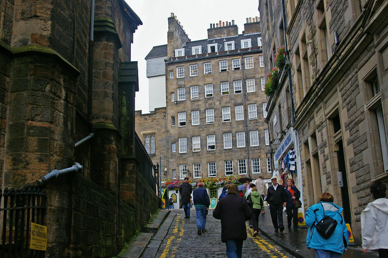 Side street, Edinburgh