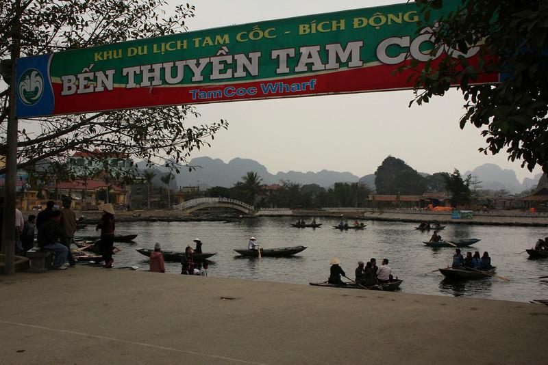Tam Coc Wharf Ngo Dong River