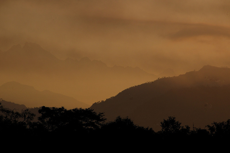 Sunrise at Pokhara.