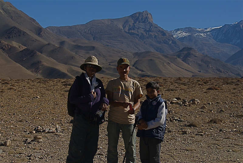 Deepa, Jitu ( our guide ) and Keshav.