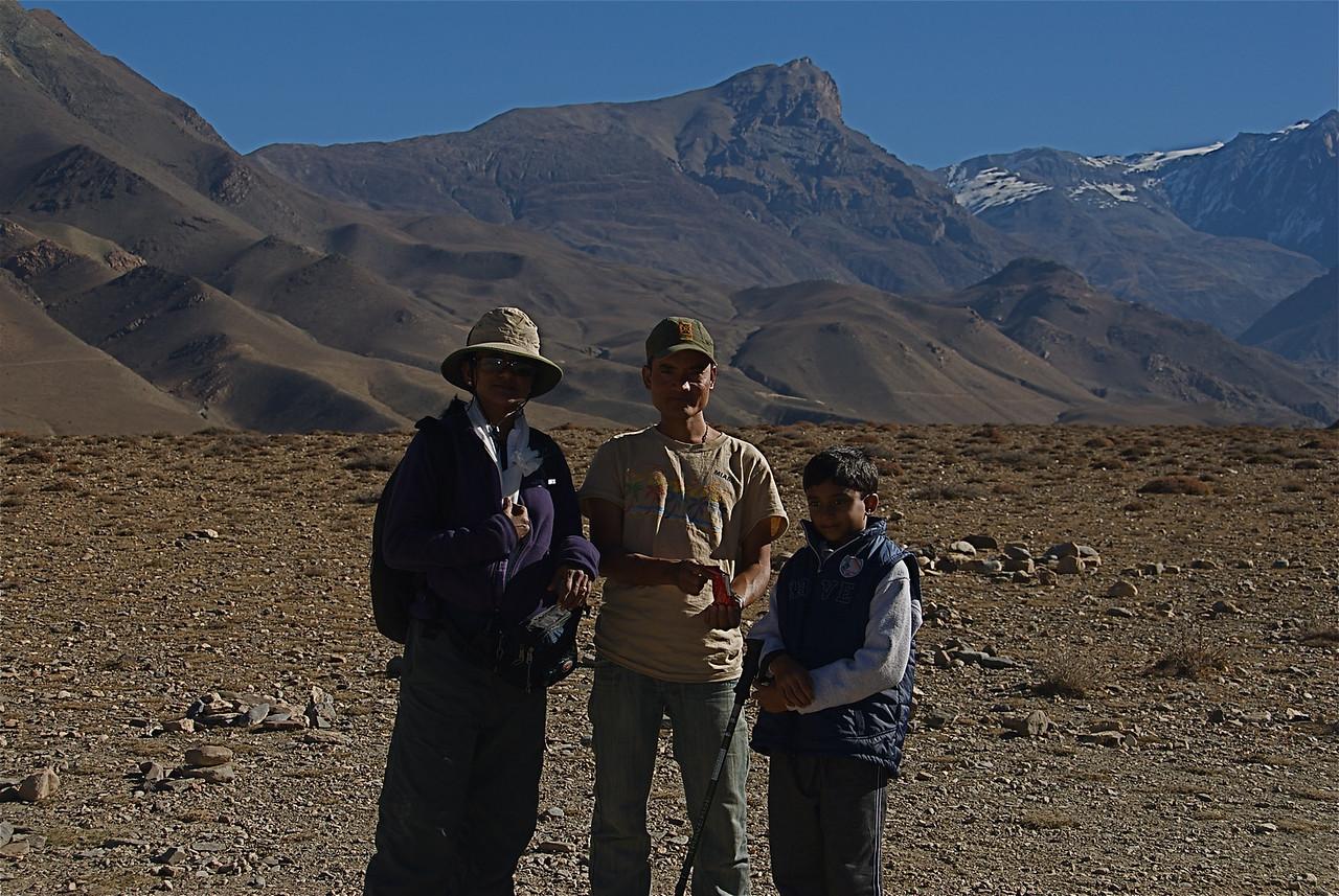 Deepa, Jitu ( our guide ) and Keshav.