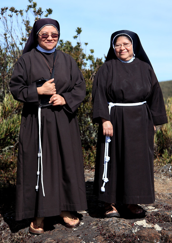 Some cute little nuns from Mexico who appeared on top of Cerro de la Muerte just as we were leaving