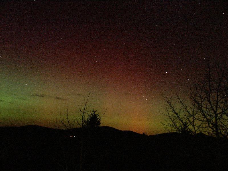 Auroras from Nov 4, 2004