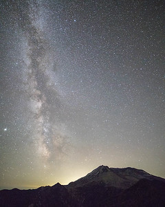Milkyway over Mt. Helens