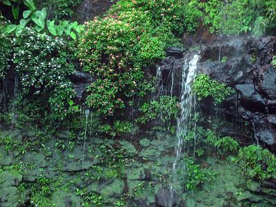 Helele'ike'oha Falls (2)