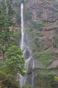 Waterfalls of the Columbia River Gorge:  Multnomah Falls