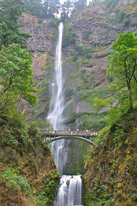 Waterfalls of the Columbia River Gorge, Oregon.  Multnomah Falls