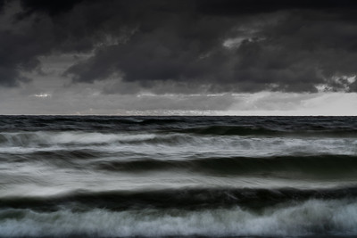 Waves at Orrestrand