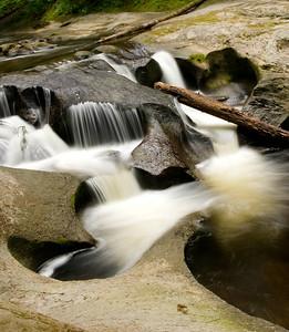 Kanaka Creek Falls
