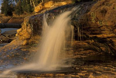 Elliot Falls