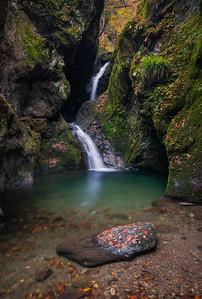 Nejire Waterfall