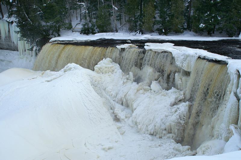 Taqhuamenon Falls<br /> State Park