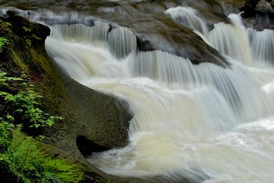 Kanaka Falls close up