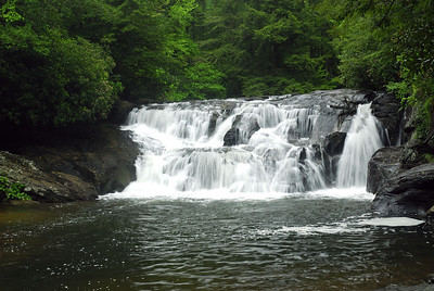 The lower Water's Creek falls
