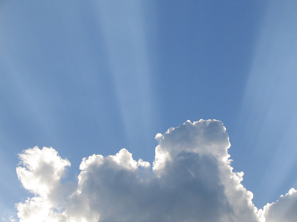 Crepuscular rays (207_0712)