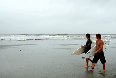 Surfer dudes love this kind of weather