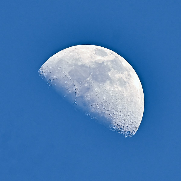 AZ-2020.2.2#8340. A first quarter moon, not all that sensational but because it was shot on 2020.2.2 it is a Palindrome moon. The first one in over 900 years. Prescott Valley Arizona.