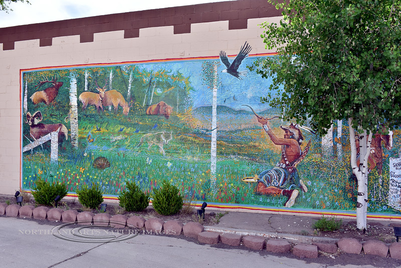 AZ-W-2018.6.6#425.3. Wall art mural depicting a hunting scene. Viewed from Old Route 66 Williams Arizona.
