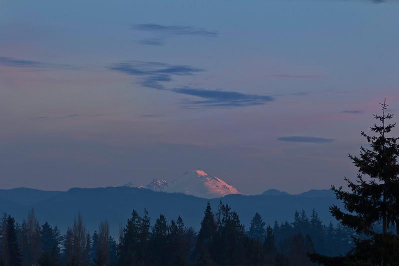 Mt Rainier at sunrise from Everett Providence Hospital