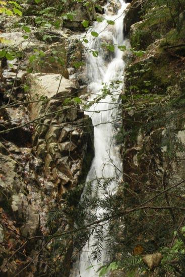 Beecher Falls, route 302, Crawford Notch