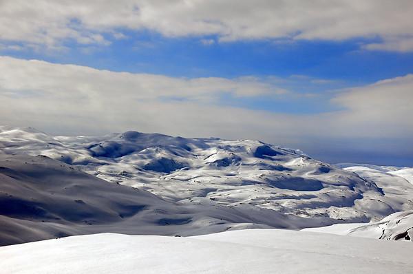 Fjellområde mot vest frå Sveindalsnuten...