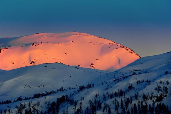 Kveld og dei siste solstrålar i fjellet...