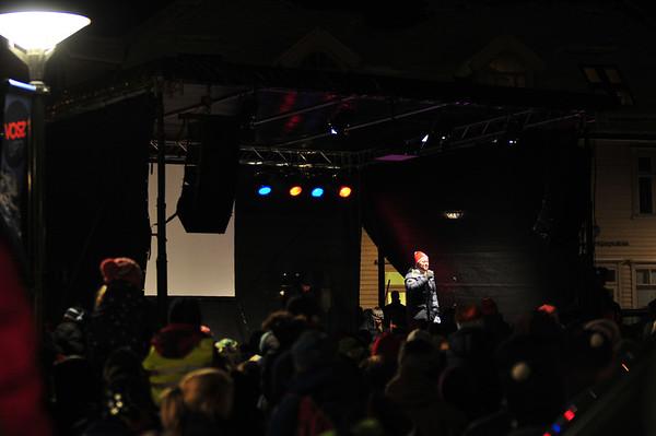 Arne Hjeltnes på åpninga av NM ski på Vosstatt med min Iphone.