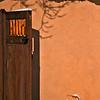 Gate, Truchas