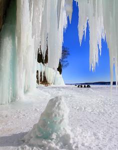Grand Island Ice Caves 6