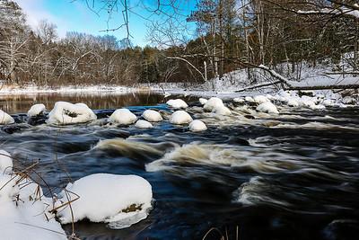Winter on the Rocks 2