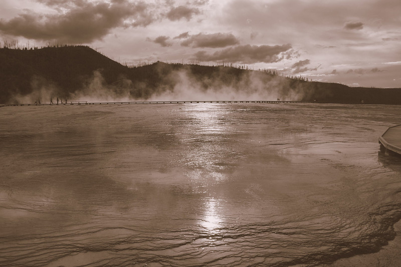At the geyser in Yellowstone NP