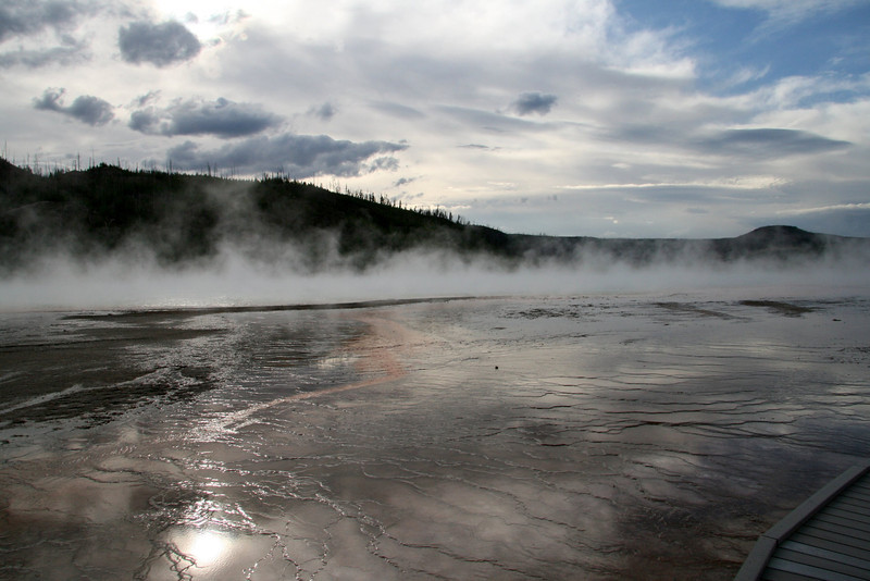 Yellowstone, fall geyser after storm