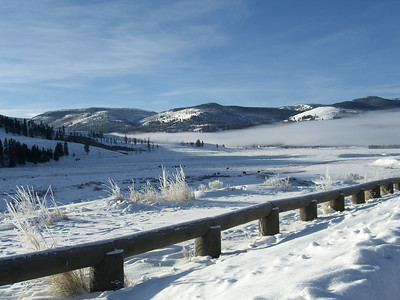 early morning inversion at viewing site in Lamar Valley