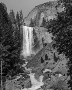 Full view of Vernal Fall from off the Mist Trail.