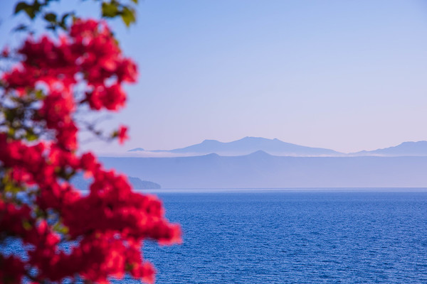 Red and Blue ,Lake Shikotsuko