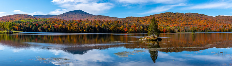 An Autumn Panoramic Scene in Vermont 10/10/19