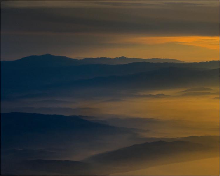 Tthe mountains of San Diego