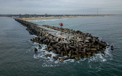 Manasquan Jetty Looking North 1/11/18