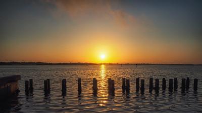 ETC2511 Sunrise with Pilings IMG_6319