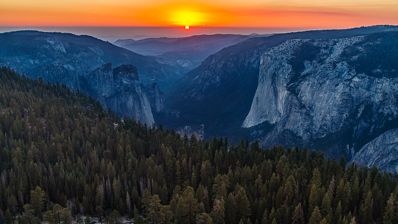Sunset Over Yosemite Valley