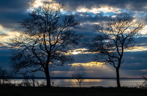 Sunrays Over Sandy Hook Bay 11/25/18