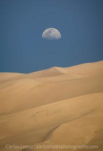 Minimal Moon and Dunes