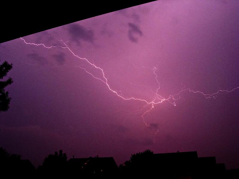 Lightning-002