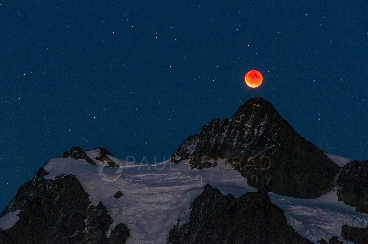 © Paul Conrad/Paul Conrad Photography - Lunar eclipse over Mount Shuksan as seen form Huntoon Point near Artist Point in Whatcom County, Wash., on Sunday evening Sept. 27, 2015