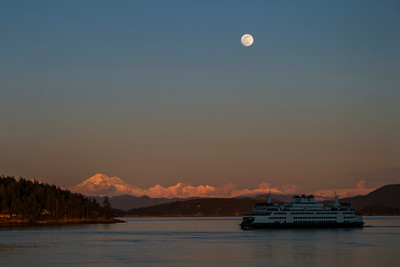 Full Moon Over Mount Baker - 0171