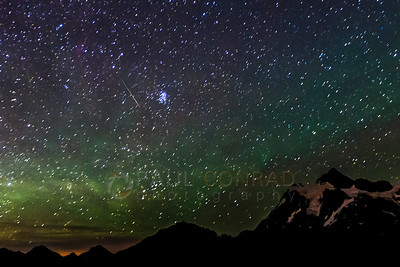 Streaker by Pleiades Cluster