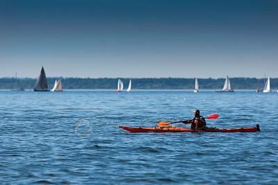 © Paul Conrad/Pablo Conrad Photography  Kayaking in Bellingham Bay in Boardwalk Park in Bellingham, Wash.